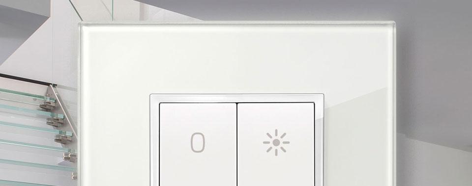 philips hue neue lichtschalter zum 4 quartal iphone. Black Bedroom Furniture Sets. Home Design Ideas