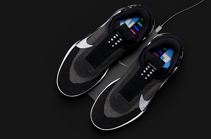 Nike Adapt BB: Selbstschnürender Basketball Schuh mit iPhone